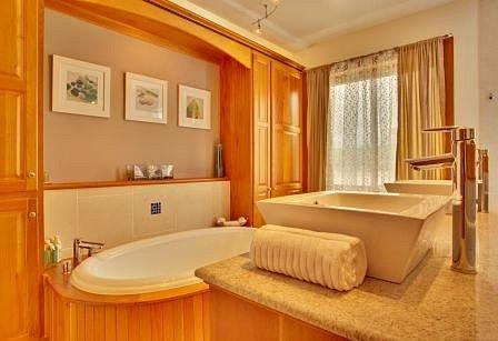 Master-Bath-JPEG-copy.jpg