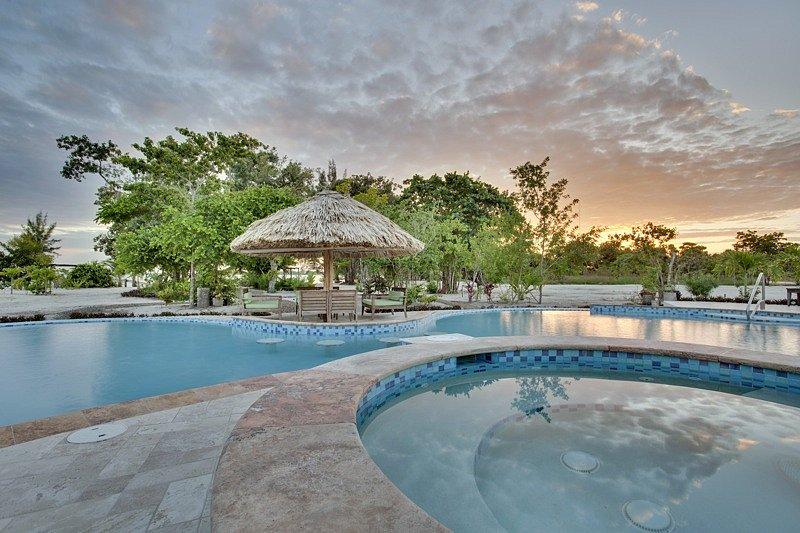 VAC-pool-hot-tub-at-sunset-copy.jpg