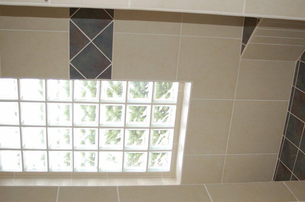 2nd-bath-shower.JPG